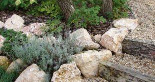 40 Beautiful Front Yard Rock Garden Design Ideas