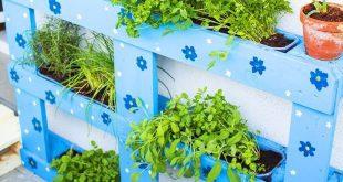 Upcycling - Anleitung Balkonbeet aus einer Palette bauen