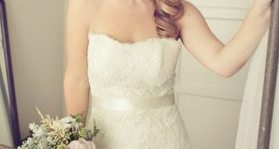 English Garden Wedding Inspiration Romantic wedding hair with headband. ()