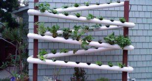 25+ Wonderful and Fresh Pipe Vertical Garden Design