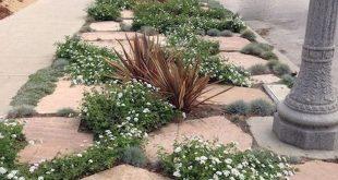 76+ Beautiful Front Yard Rock Garden Landscaping Ideas