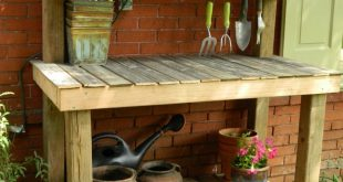 Scrap wood potting bench, I made while my toddler was napping. #pottingshed #ben...