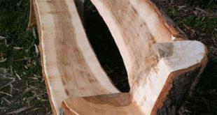 So einfach geht eine Gartenbank aus einem Baumstamm – #aus #Baumstamm #eine #ein